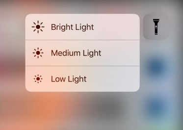 Tips and tricks about iPhone 8-Adjust the flashlight