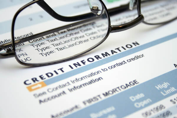 IRS identity theft: view credit reports often