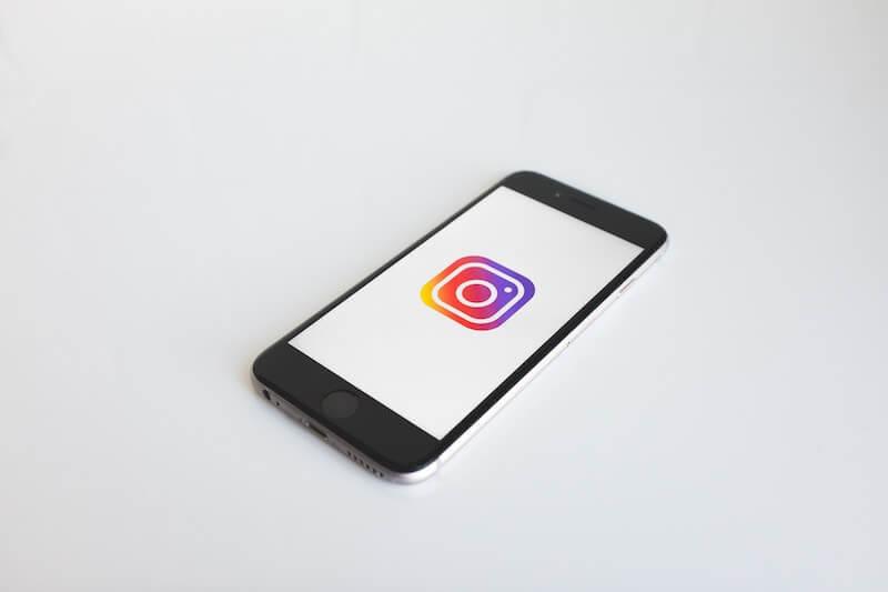 delete instagram from ios