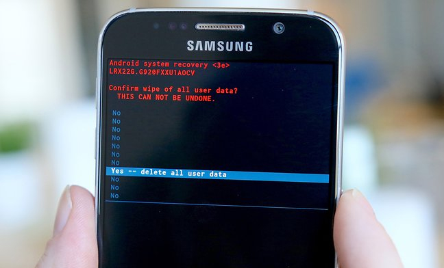 Samsung Galaxy Frozen on Startup? Here Is the Solution